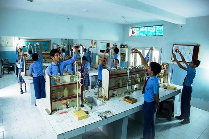St R C Scientific Convent School-Chemistry Lab