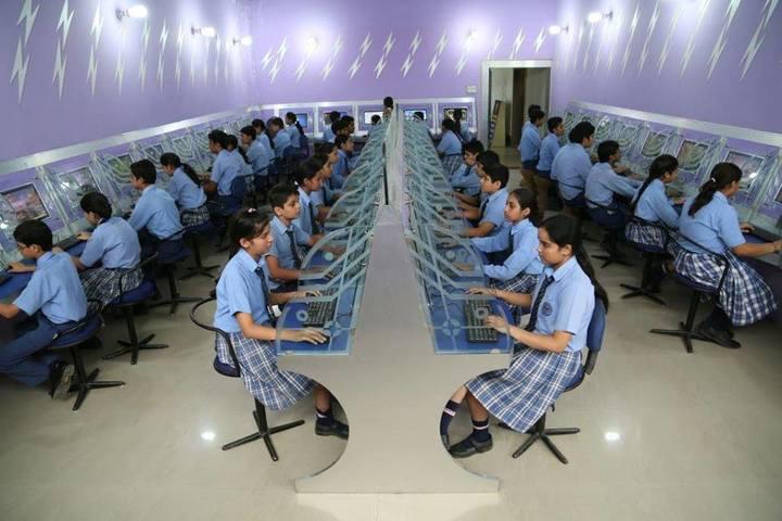 St R C Scientific Convent School-Computer Lab