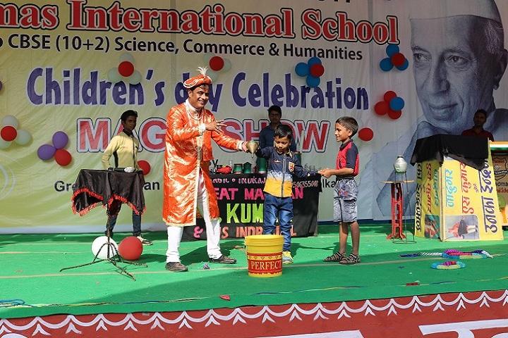 St Thomas International School-Magic Show