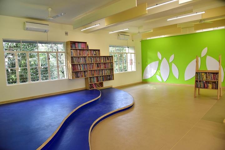 Staford School-Library