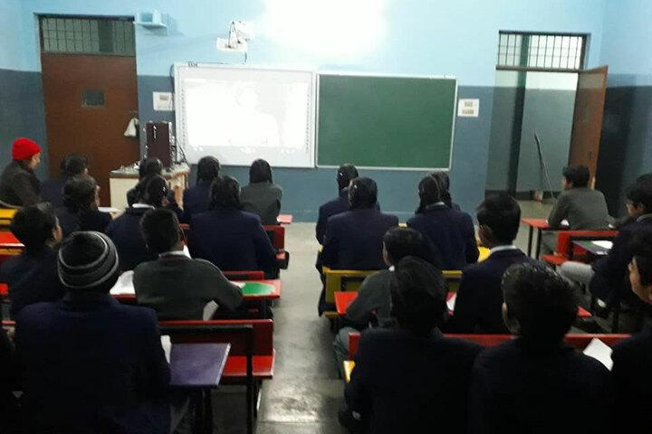 Swarnim Public School-Classroom