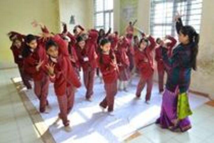Swarup Foundation Dav Public School-Dance