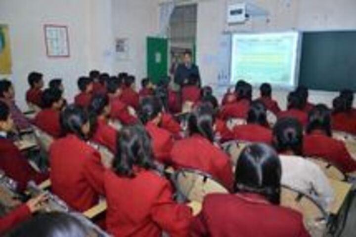 Swarup Foundation Dav Public School-Smart Clas