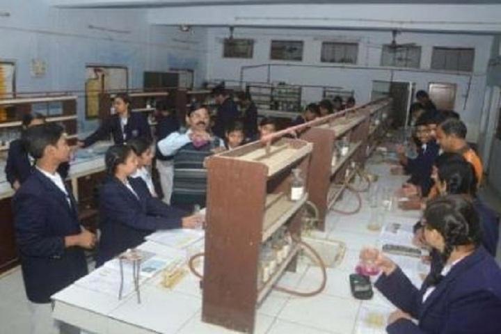 Tagore Public School-Chemistry lab