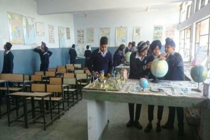 Government Model Senior Secondary School-Social Science Lab