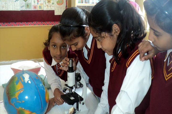 The Jaipuria School-Science lab