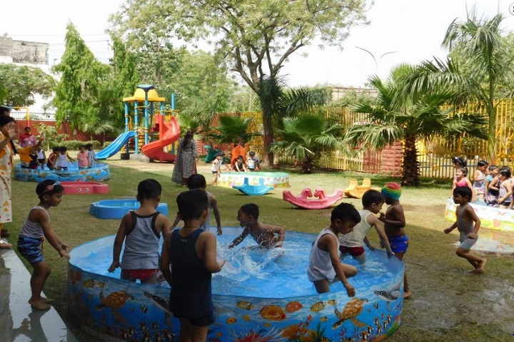 The S D Vidya School-Pre-Primary Pool Party