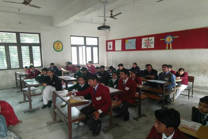 The Skyland School-Classroom