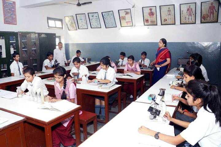 Tulsiram Maheshwari Public School-Biology Lab