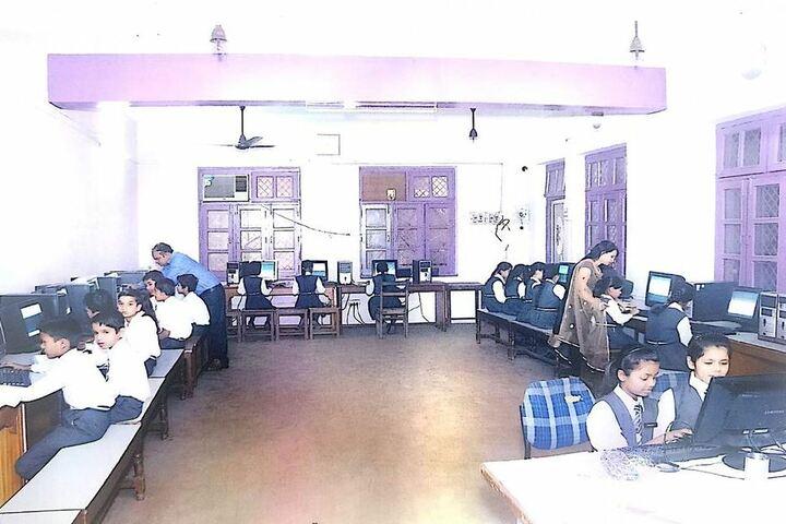 Tulsiram Maheshwari Public School-Computer Lab