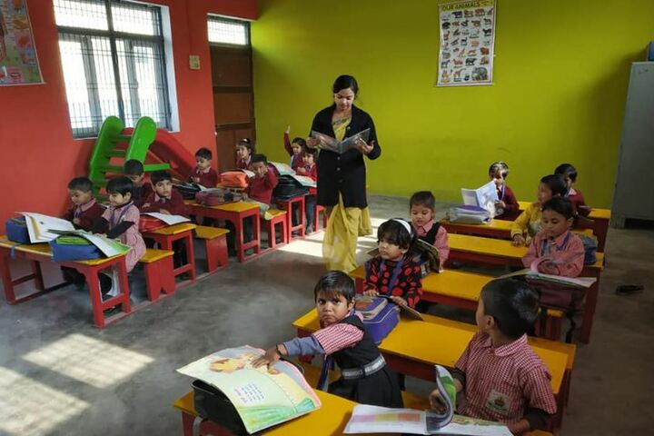 Tundla Public School-Kids Classroom