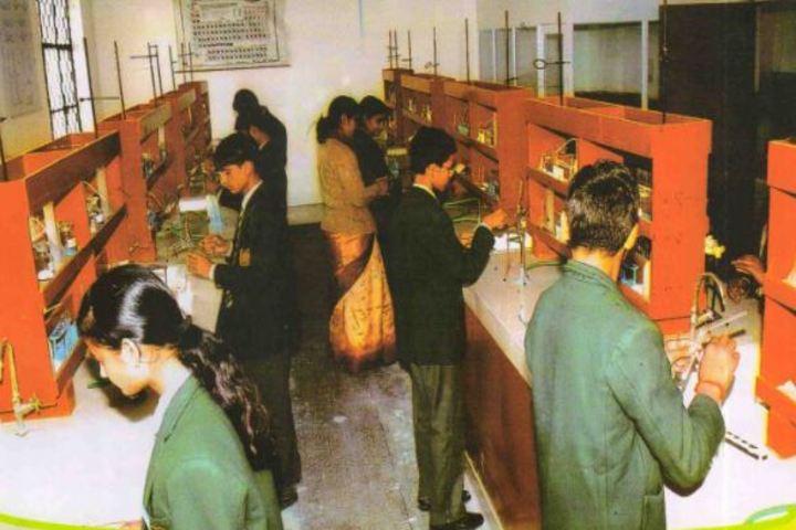 Uttarakhand Public School-Chemistry Lab