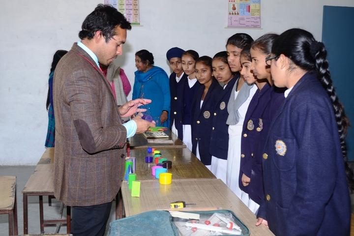V K Public School-Maths Lab