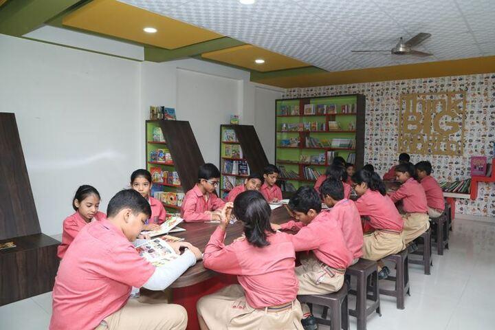 Vanasthali Public School-Library