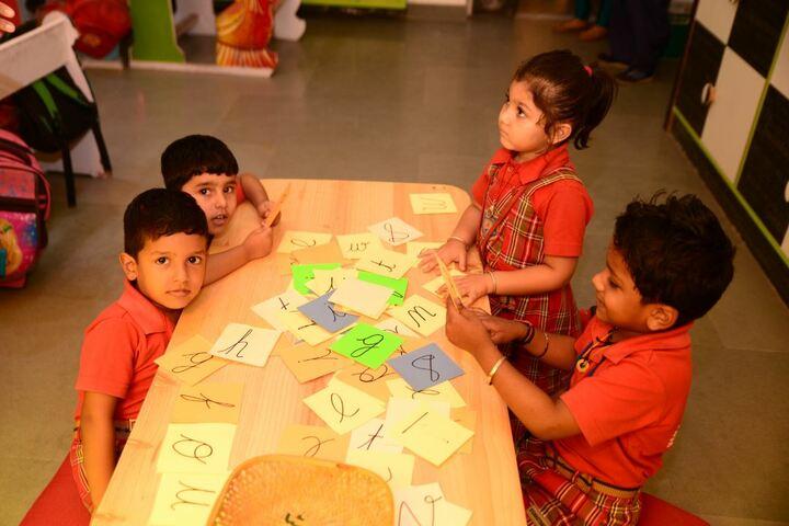 Vanasthali Public School-Maths Lab