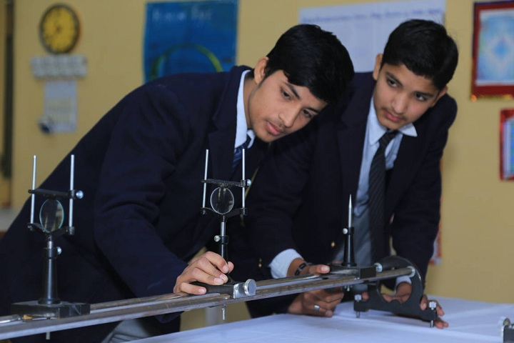 Vibgyor Intenational School-Physics Lab