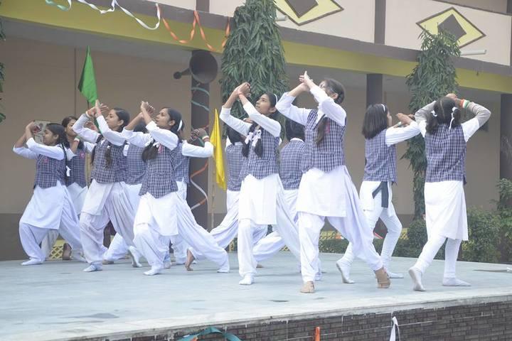 Vijaya Maharani International Academy-Dance
