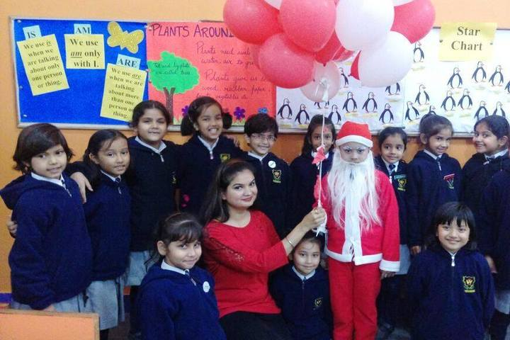 Woodbine Gardenia School-Christmas Day