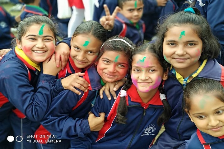 Baluni Public School-Holi Celebrations