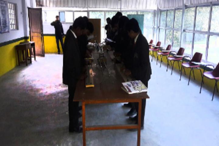 Cambridge Senior Secondary School-Science Lab