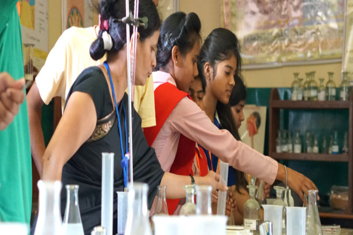 Charless Wain Academy-Chemistry Lab