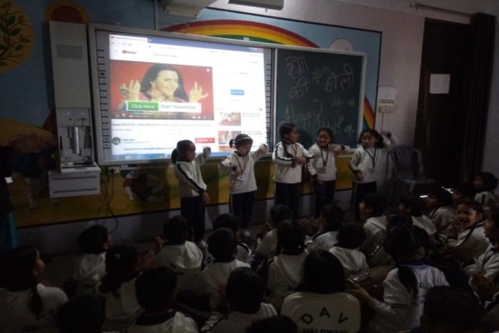 DAV Centenary Public School-AV Class