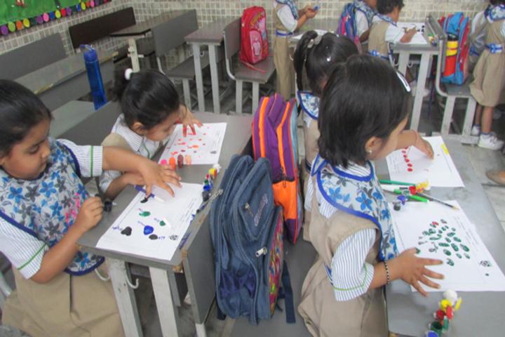 Dikshant International School-Classroom