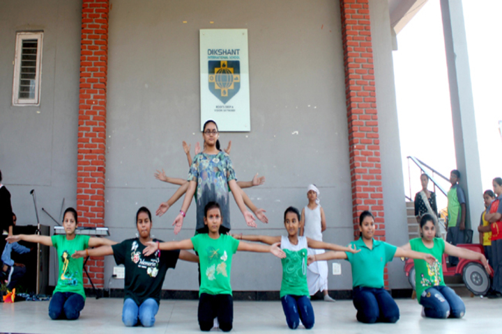 Dikshant International School-Earth Day Celebrations