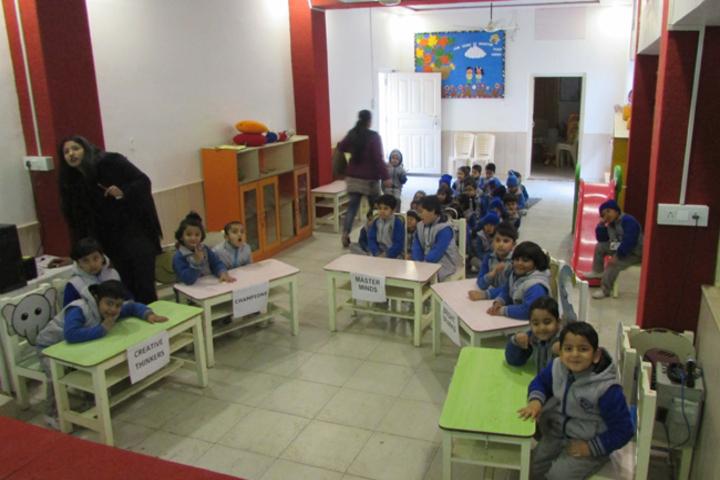Dikshant International School-Quiz Competition