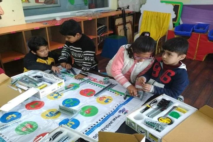 Doon Globel School-Activity Room