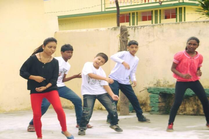 Doon Public School-Dance Activity
