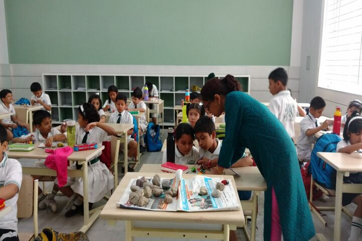 Delhi Public School-Art and Craft Class
