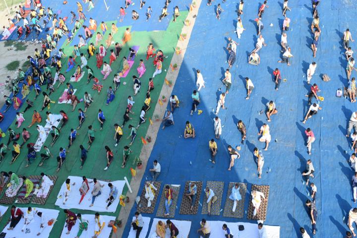 Dynasty Modern Gurukul Academy-Meditation