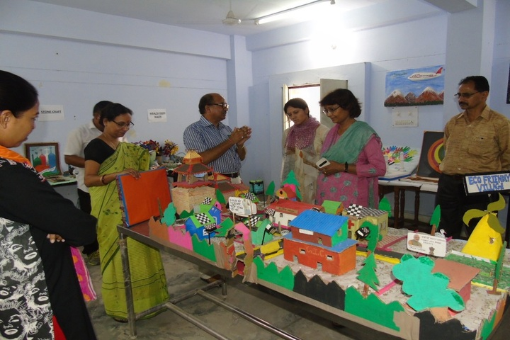 Eklavya Adarsh Awasiya Vidyalaya-Art Exhibition