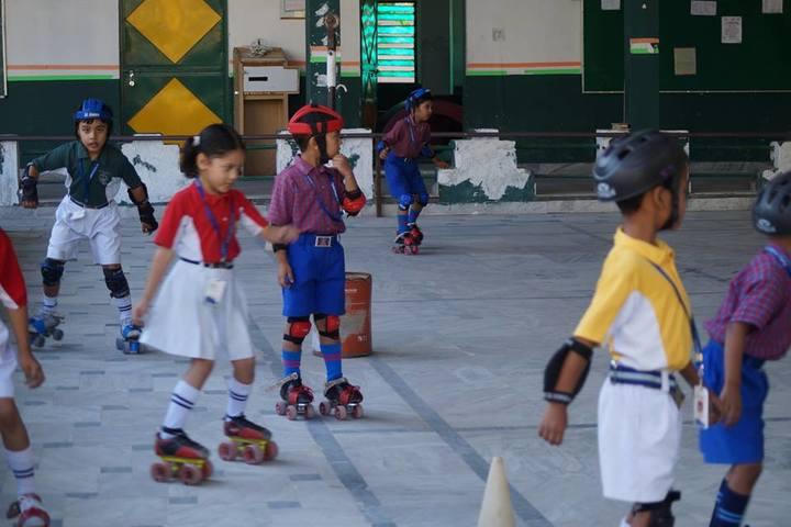 Fylfot Public School-Skating