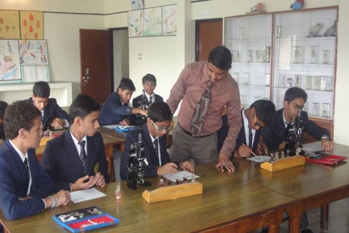 Ghanshyam Das Birla Memorial School-Bio Lab