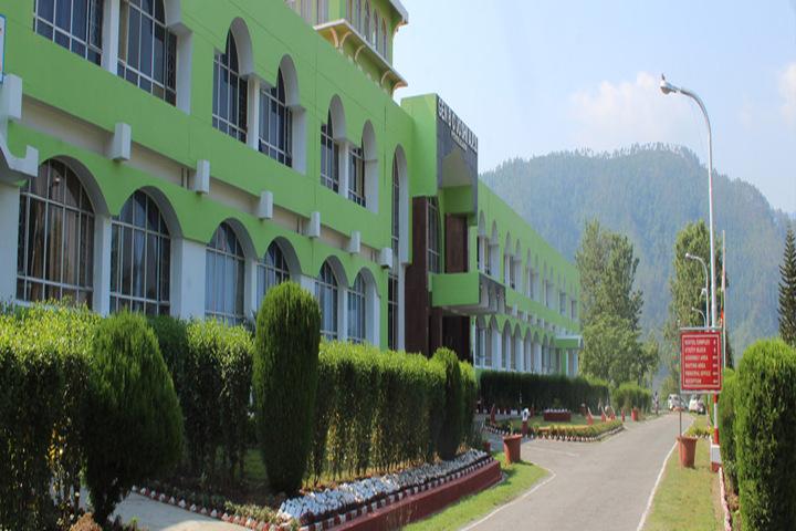 General B C Joshi Army Public School-Campus