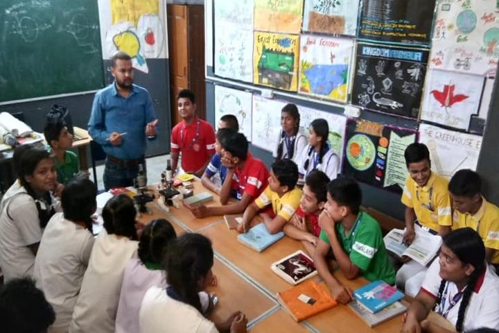 Himalaya Vidya Mandir-Biology Lab