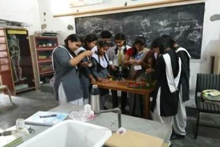 Hind Public School-Biology Lab