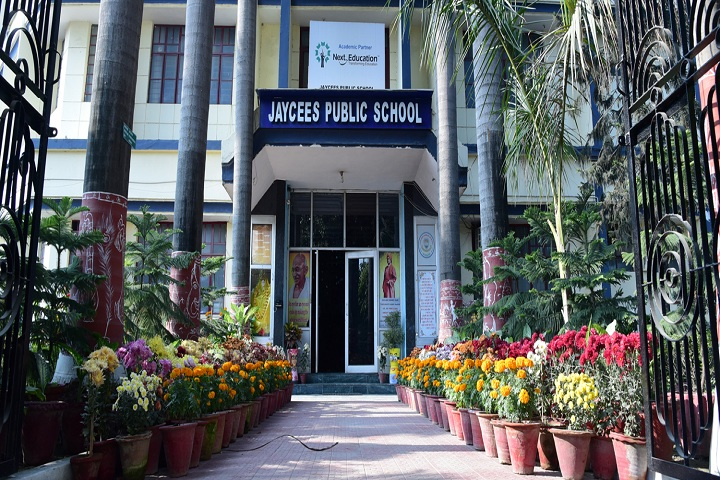 Jaycees Public School-School View