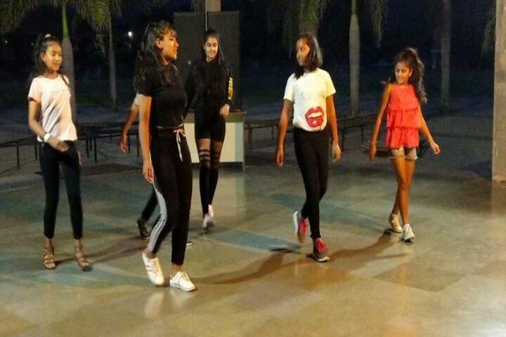 Kasiga School-Dance practice