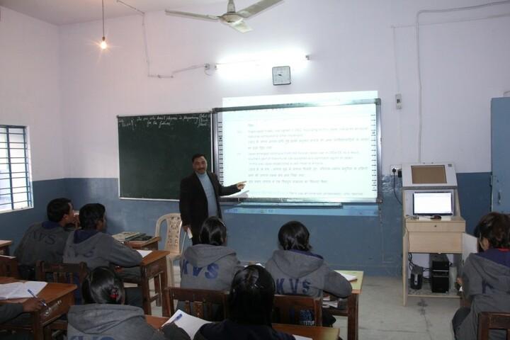 Kendriya Vidyalaya No 1-Classroom