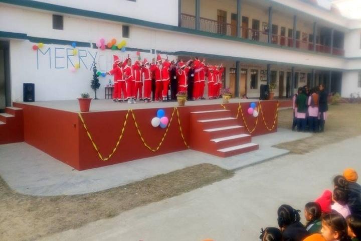 Kids Paradise Public School-Christmas Carnival