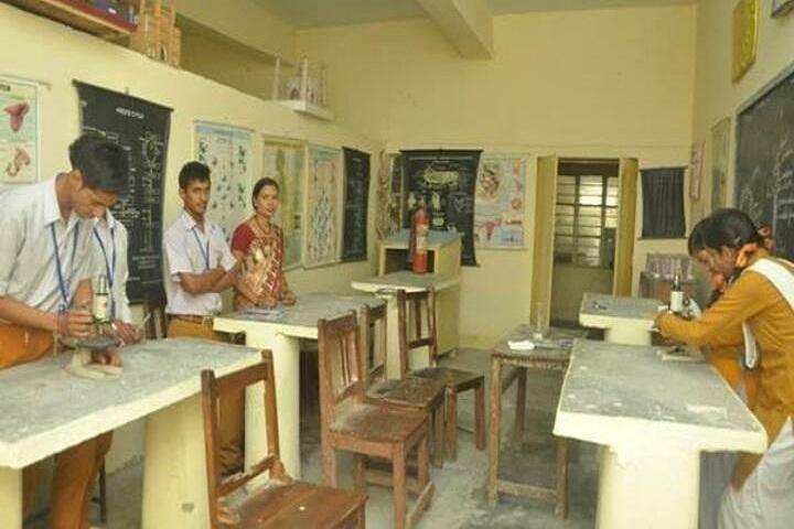 Maharishi Vidhya Mandir-Physics Laboratory