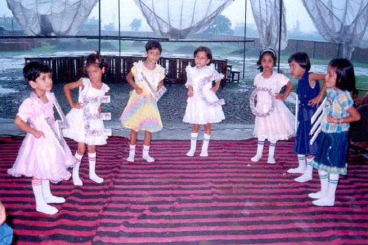 Maulana Azad Public School-Kids Dance