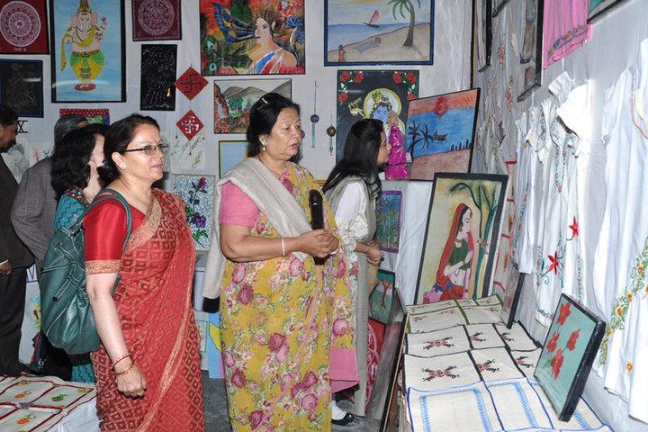 Mohan Lal Sah Bal Vidya Mandir-Art and craft
