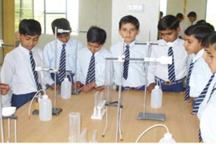 Mohinder Singh Memial Public School-Chemistry Lab