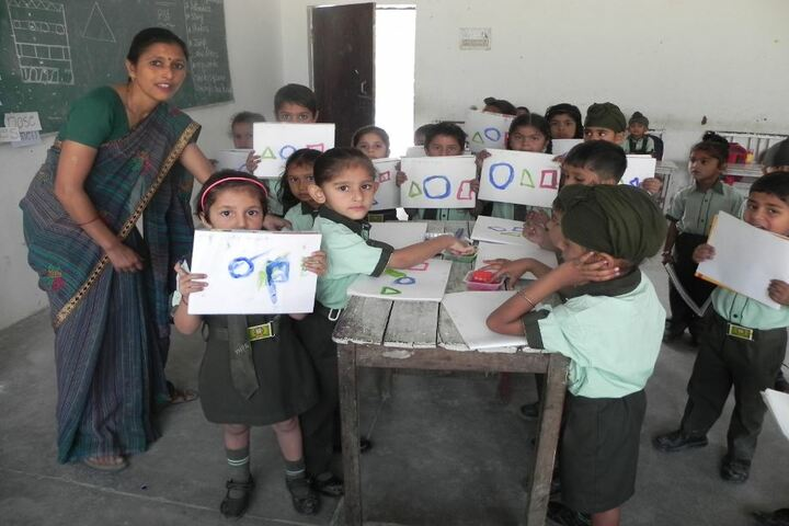 Mother India Public School-Art and Craft