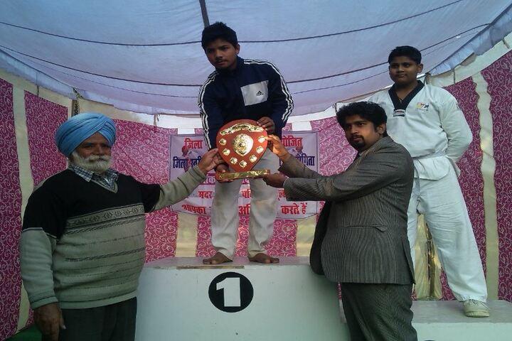 Mother India Public School-Felicitation