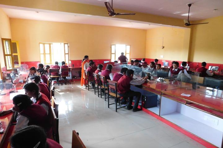 Mothers Glory Public School-Computer Lab